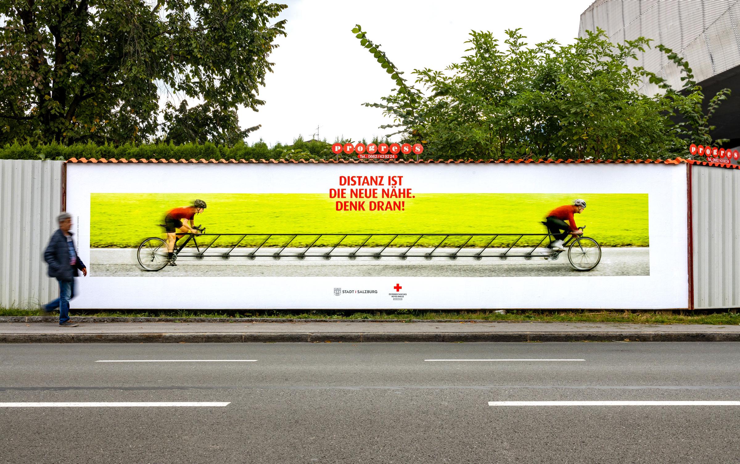 Rotes_Kreuz_Abstandskampagne_Plakatwand